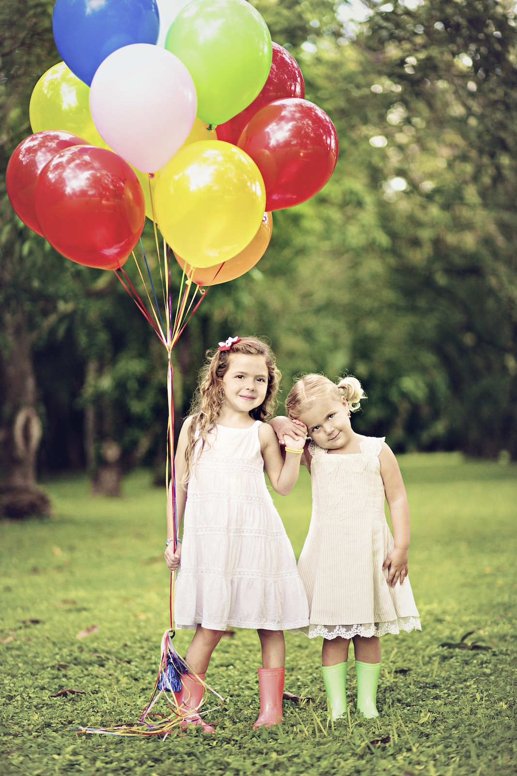 kids_portraits_miami_balloons_girl